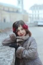 heaband-enfant-plume-perle-rouge-dore